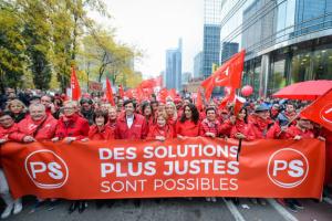 Groupe Socialiste du Parlement de Wallonie - Vidéo - Manifestation contre le gouvernement MR-NVA